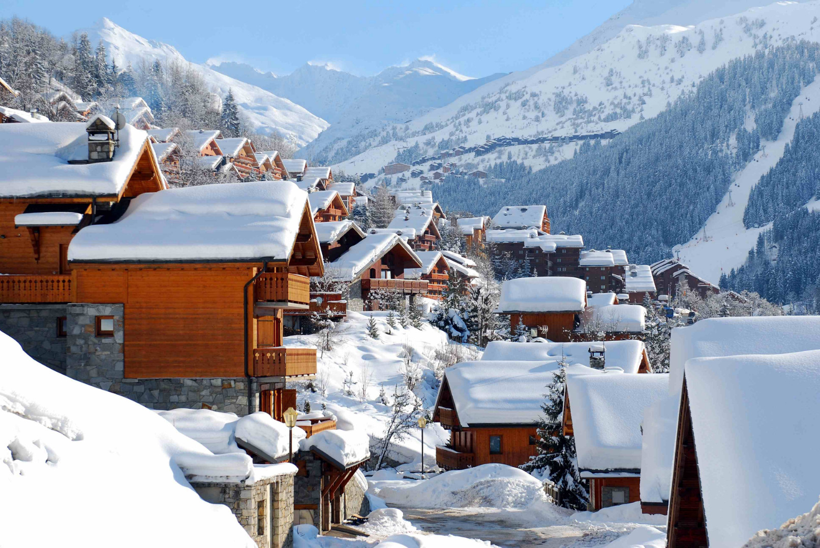 World___France_Wooden_house_in_the_ski_resort_of_Meribel__France_072072_